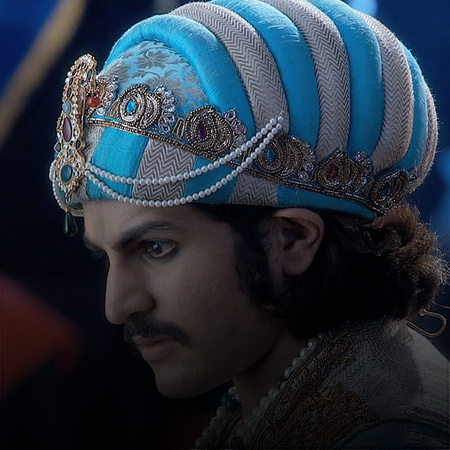 How will Jodha endure after almost getting killed?