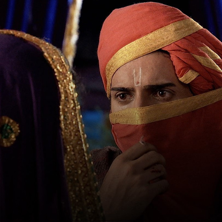 Jodha finds out that the King intends to marry her off to her enemy, J