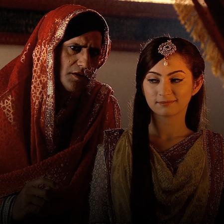 Jalal underestimates Jodha's skills. So, his plan with Ruqaiya does no