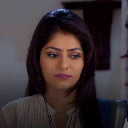 KT separates from Sonal after revealing her truth, and Najah feels sad