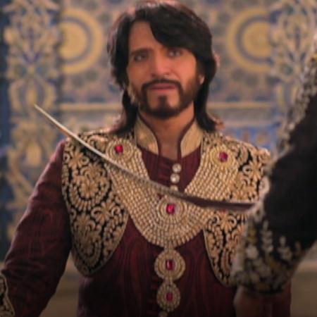 التونيا يريد الانتقام لوالده بعد ان عرف ان السلطان هو من قتله ولكن هل