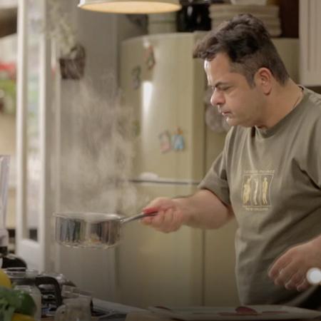 صلصة الشمند والكرفس والبصل التي تعتبر وجبة متكاملة في هذه الحلقة