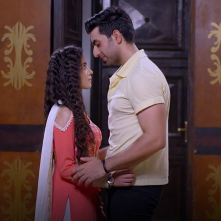 Tanouh is trying to keep Abhi away from Bragyah