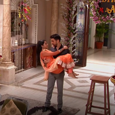 Rakaf ask Badey to forgive him