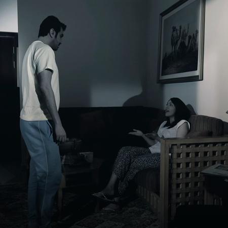 في جو درامي رومانسي تدور أحداث المسلسل بين مجموعة من الأشخاص تحدث بينه