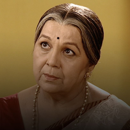 The grandmother tries to talk Shree out of marrying Janhavi.