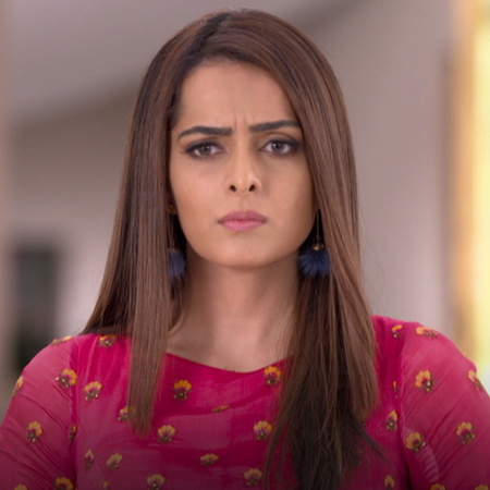 Karan is in big trouble with his family after he set Sarla free and he