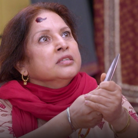 Janki regains her ability to speak and walk, and threatens Britvi to e