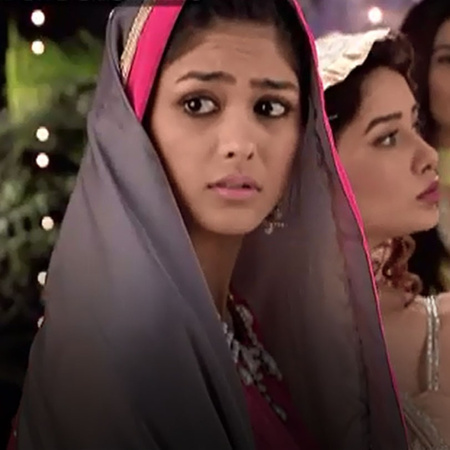 Pragya is successful in completing her fast with Abhi's help causing t