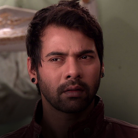 Abhi confronts Raj about his involvement with Alia in trying to destro