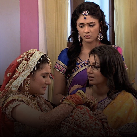 Pragya does not support Rachna's lies and decides to tell Suresh about