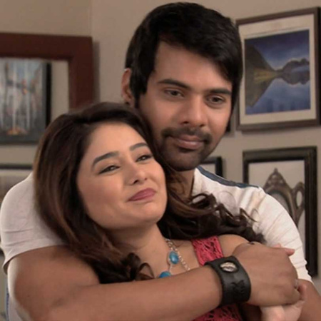 Suresh can only save Pragya if she marries him.