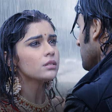 راج يحاول قتل راني بعد اعترافه بكرهه لها لكي ينتقم من سوناندا تشوهان