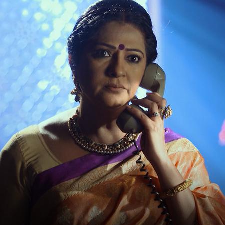 راجا يعترف لراني عن سبب خطفه لها. راني تدافع عنه وتخبر عائلتها بزواجها