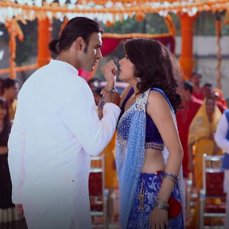 راجا يقابل راني مرة آخرى بعد غياب عشرة سنوات. ماذا ستكون ردة فعل كل وا