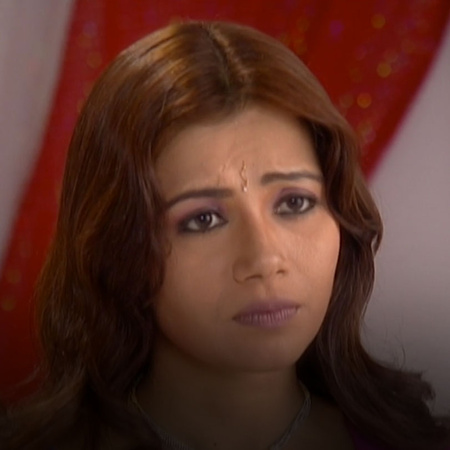 Saloni discovers that Katty lied to end her relationship with Nahar. W