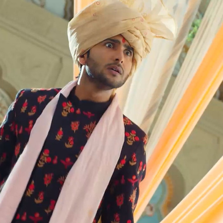 Guddan gets to know that AJ is kidnapped and being tortured by Anjad a