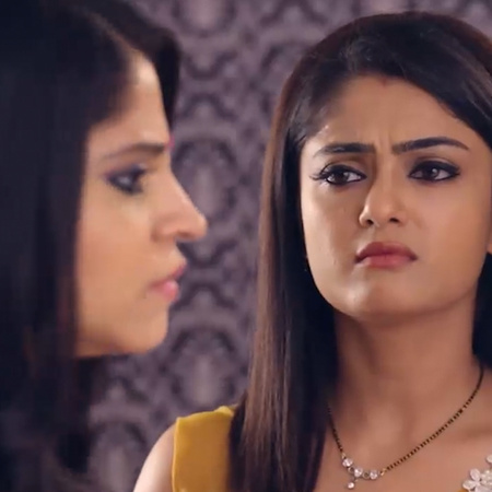 AJ realizes that Guddan gave away her mangalsutra to get Antara's pain