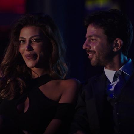 Yara poses as Karen when she meets Tawfik. Serag tells Rana that he is