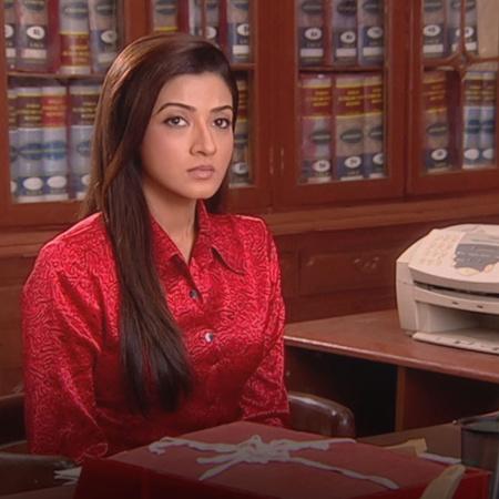 Despite the pressure Anya is facing at Qasr Swarna, will she tolerate