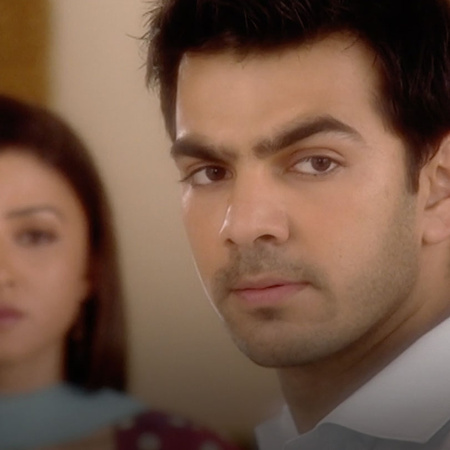 What drives Karan to turn down the offer?