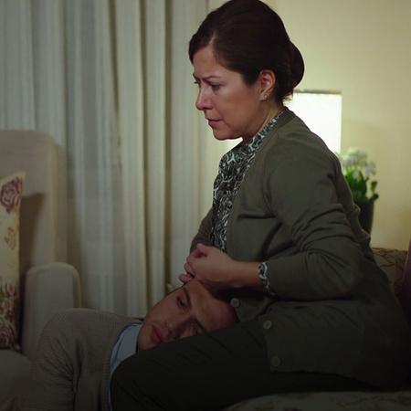يشك زياد بعلاقة مارال وإيهاب ويحاول أن يوقع مارال بالخطأ