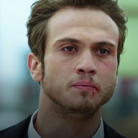 Maral is in danger and Eihab is trying to help her so will he be able