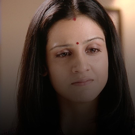 Fadia agrees to allow Anhar to stay at home. However, will she treat h