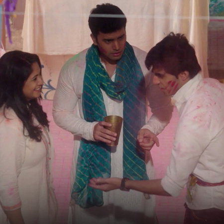 Sahil, a rich young man, falls in love with Vedika, an older woman who