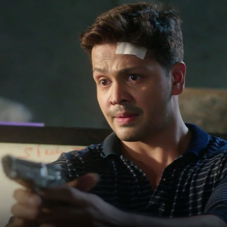 Gautam threatens Sahil's family and tries to kill him, as for Pimla sh