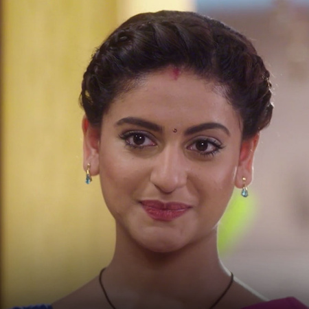 Nidhi is trying to get rid of Vedica and keeps her away from Sahel!