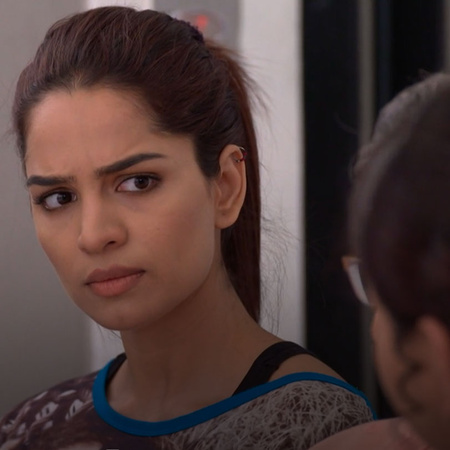 Bragayh's life in danger also and she cant help Abhi