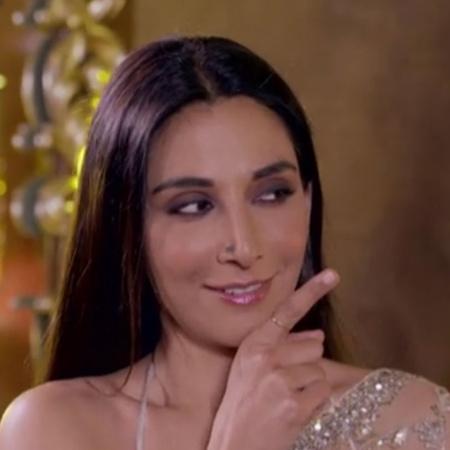 تعرف على مصممة الأزياء الهندية نيتا لولا وكيف بدت سوربي جيوتي بعد ارتد