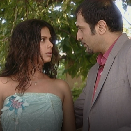Will Rajo be able to tell his fiancee that he love Anyaa?
