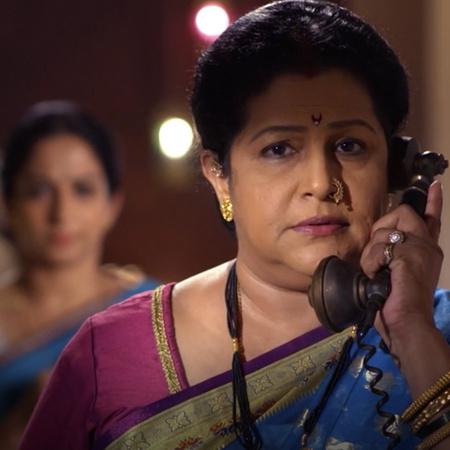 Kalyani plans to take revenge on Anupria and begins her first plan, wi