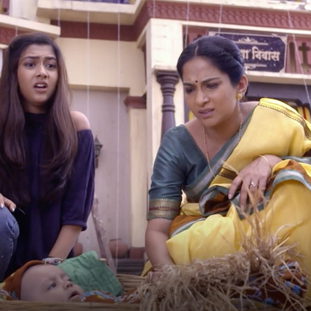 Kalyani convinces Sambda that she is dating a bad person and that Melh