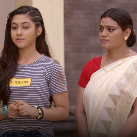 For the first time Kalyani defends Anupria and decides to protect her