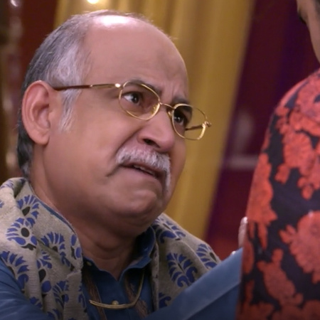 Ataref hits Kalyani and confesses his guilt in front of everyone, but