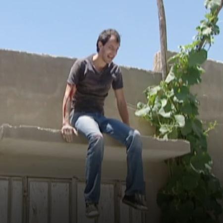 يذهب هارون إلى بيت أم الرن بعد مقتلها للبحث عن لوسي و نزار نادم على ال
