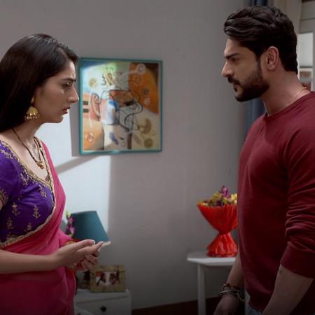 يعترف سمر بحبه لجانفي ويطلب منها اعطائه فرصة ، بينما تهدد نيشا العم با